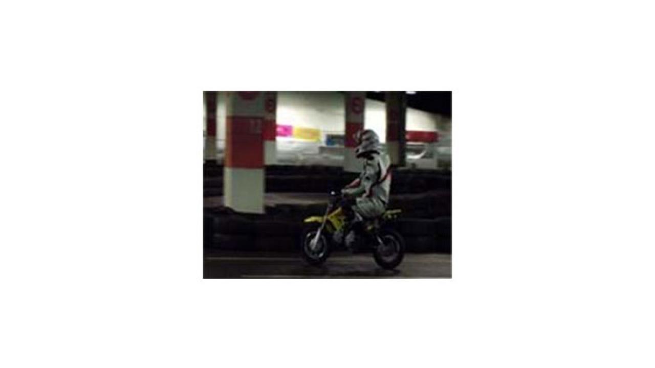 Bogotá cuenta una innovadora pista de minimotos