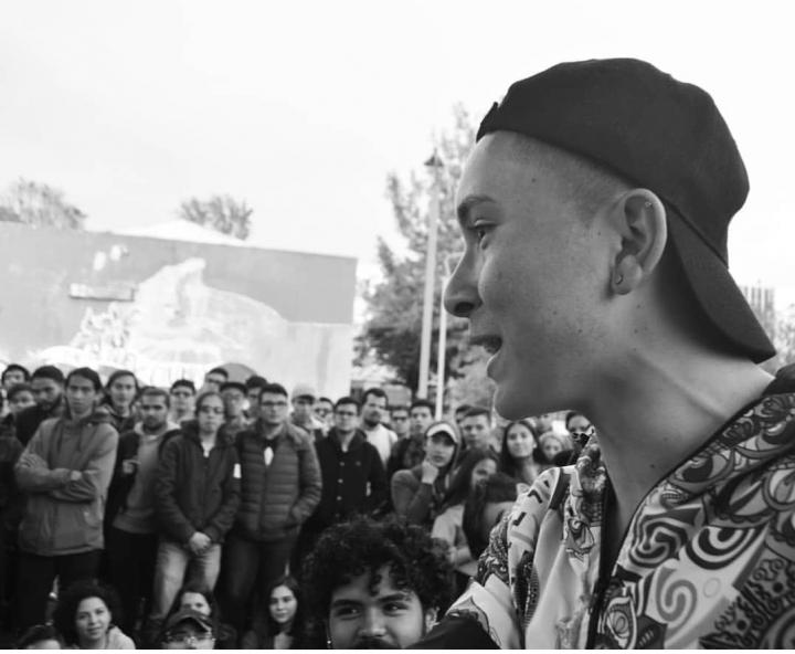 Pipe MC improvisando en la competencia de la Universidad Nacional, El Círculo