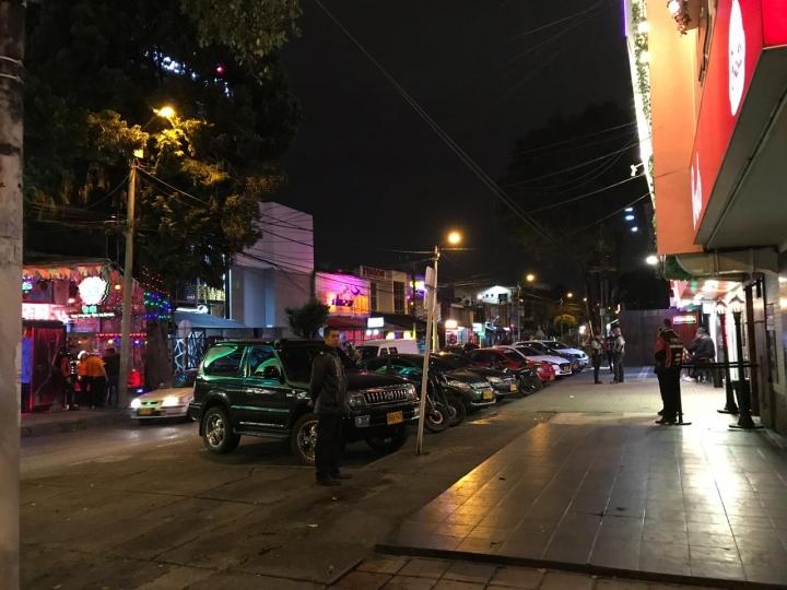 Bares y discotecas del barrio Modelia