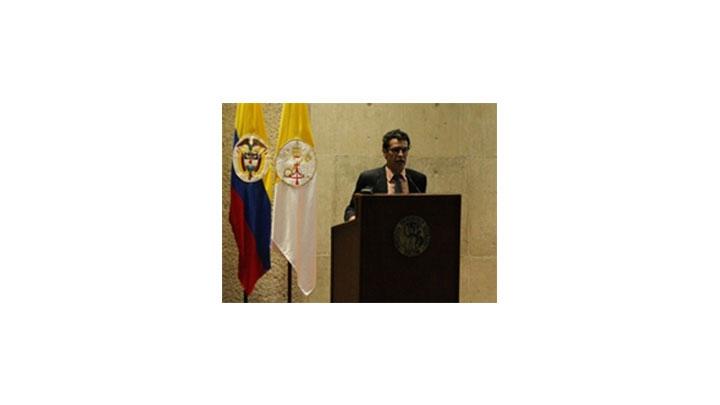 Ignacio Gómez, presidente de la FLIP, hace un llamado a la comprensión de la labor periodística.
