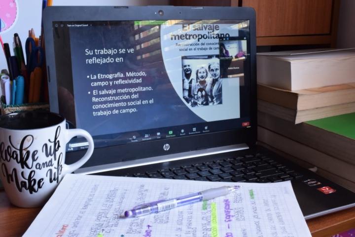 Alternancia: una opción para mantener la virtualidad en la educación superior para las universidades de América Latina