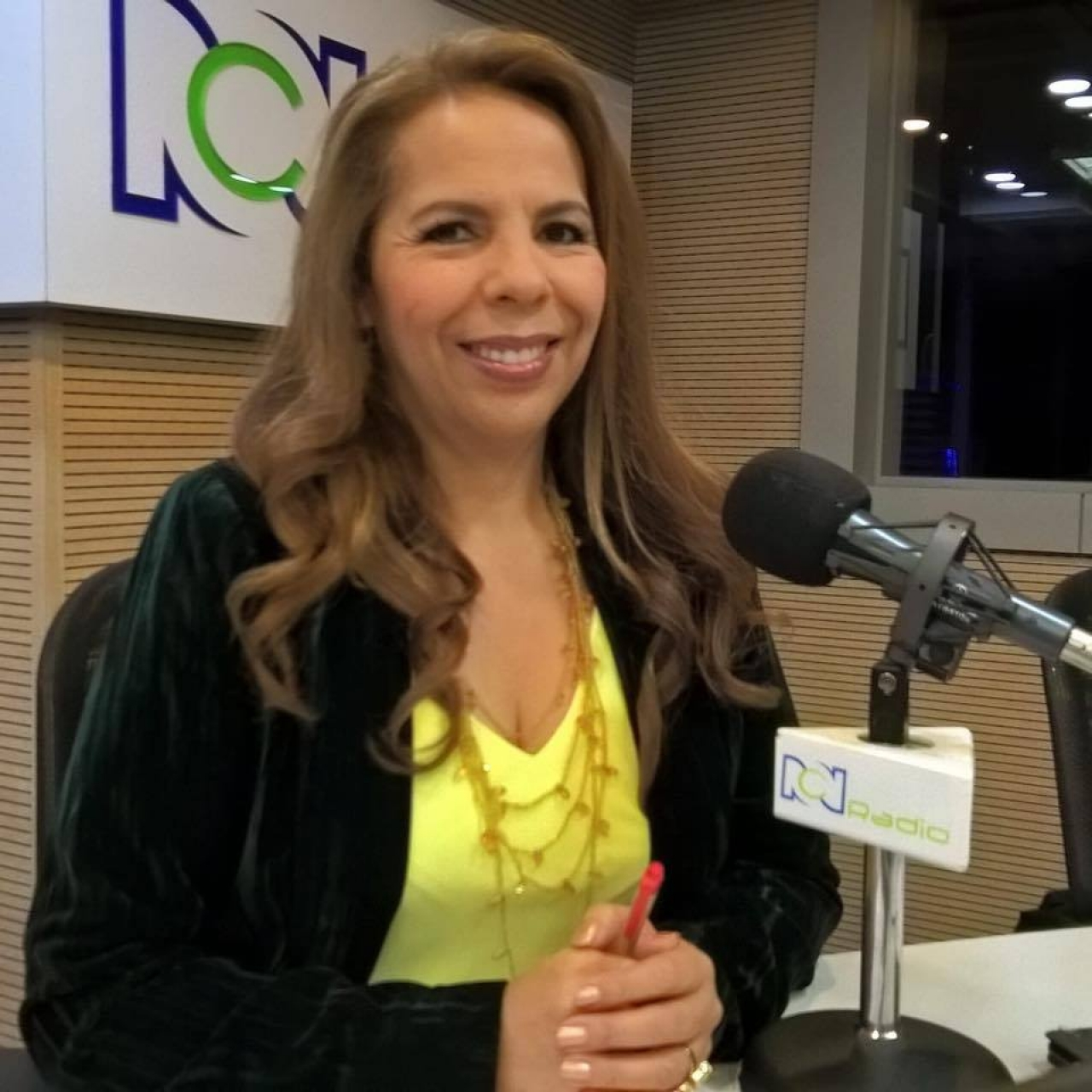 Yanelda Jaimes, 'la reina de la madrugada' en el periodismo colombiano
