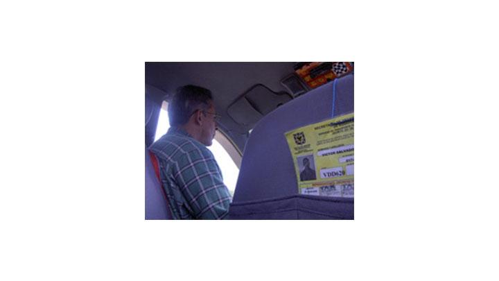 No solo los usuarios de taxis pueden sentirse seguros con la verificación de las matrículas. Los conductores legales también se benefician del sistema que comprueba la información de las placas.