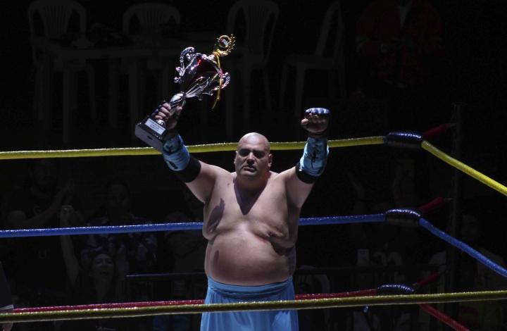 'Solo por una noche': estrellas de lucha libre sobre el ring