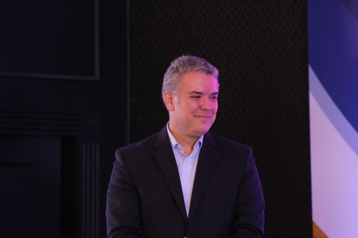 Iván Duque en el debate 'Candidatos presidenciales y el desafío de la relación con Venezuela' organizado por El Tiempo, Universidad del Rosario y la Fundación Konrad.