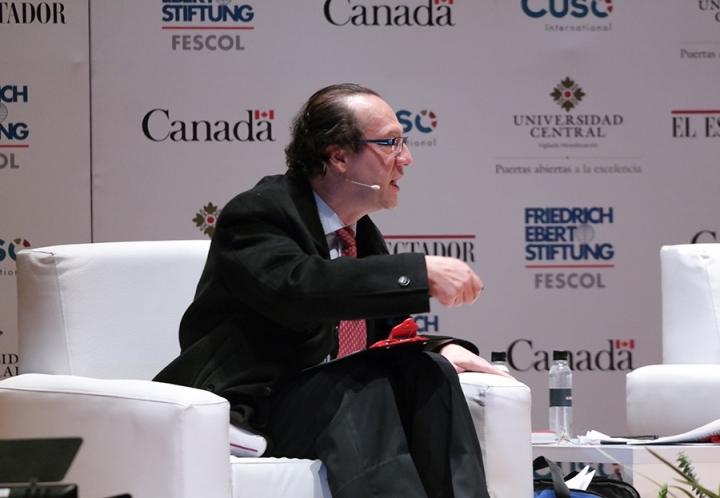 Jaime Araújo, fórmula vicepresidencial de Piedad Córdoba. Crédito fotos: Camila Rodríguez y Camila Carrillo