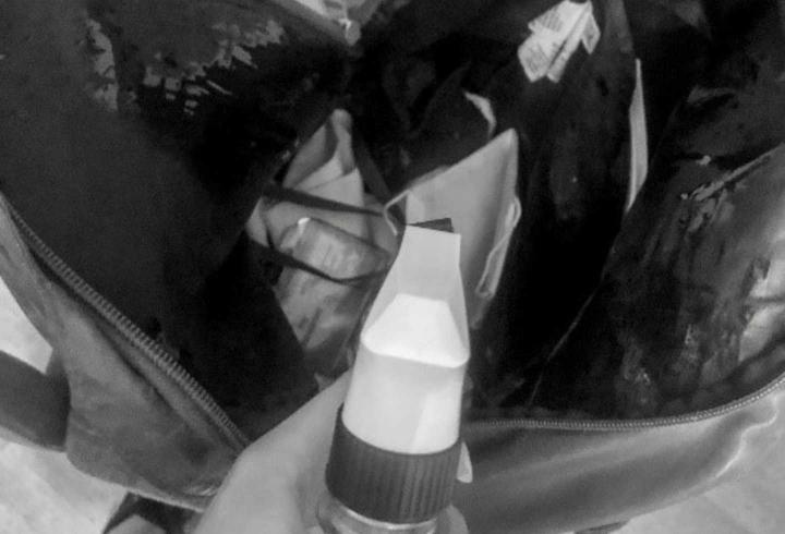 Desinfectacion de la maleta del Dr. Hernández