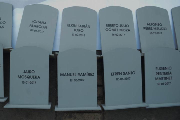 Nombres de algunos líderes sociales asesinados. Foto: Sergio Daza