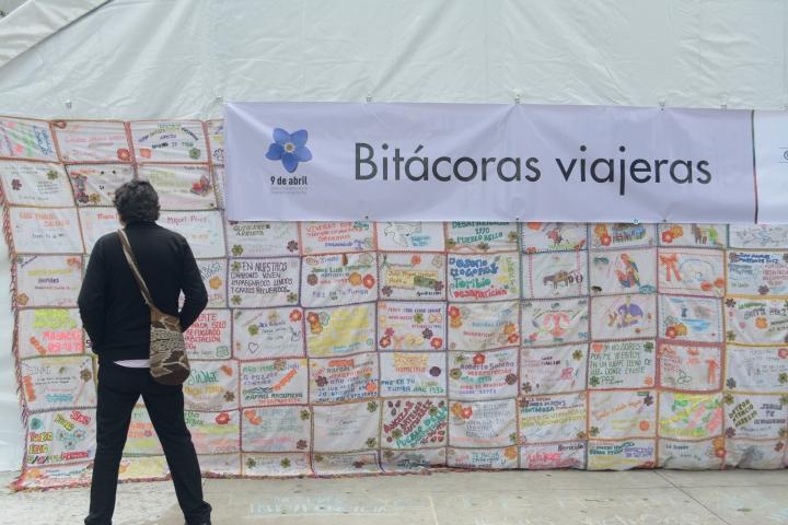 Mural en el Parque Santander sobre algunas personas desaparecidas y asesinadas en el conflicto armado. Foto: Sergio Daza