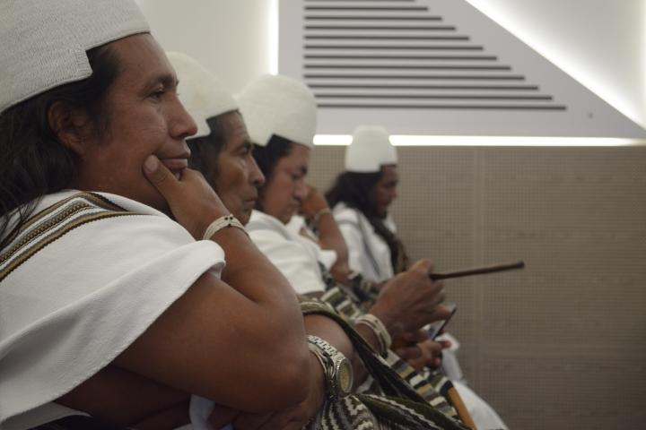 En la Universidad del Rosario se llevó a cabo un ciclo de charlas sobre los magnicidios indígenas y no-indígenas en Colombia. Foto: Sergio Daza