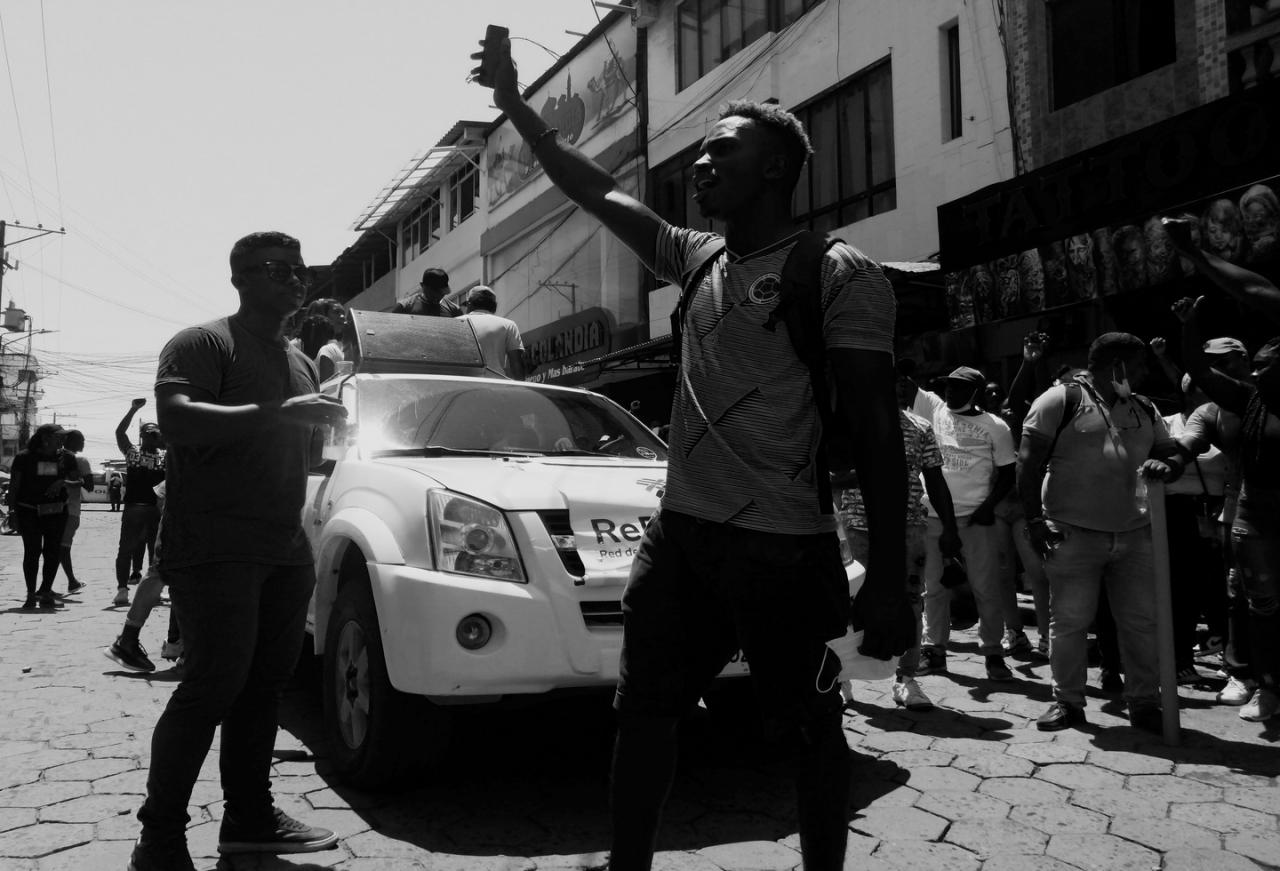 Tumaco marcha sin violencia en el paro nacional de Colombia