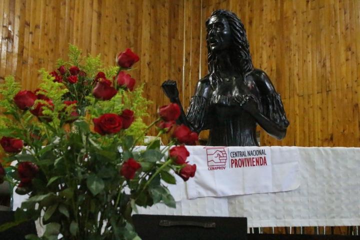 Busto de Policarpa Salavarrieta.
