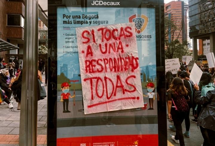 En imágenes, las marchas del 8M en Bogotá