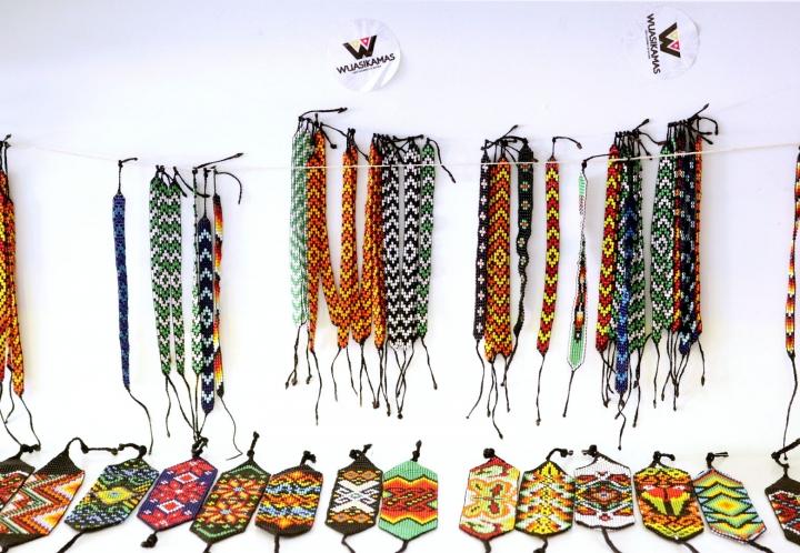 Manillas de los pueblos Inga y Eperara Siapidaara