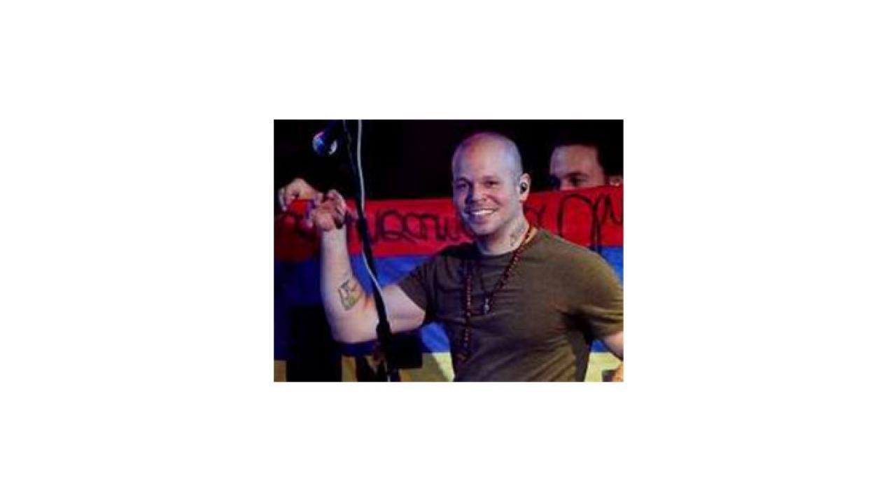 ¿Porque no querían dejar presentar a Calle 13 en Bogotá?