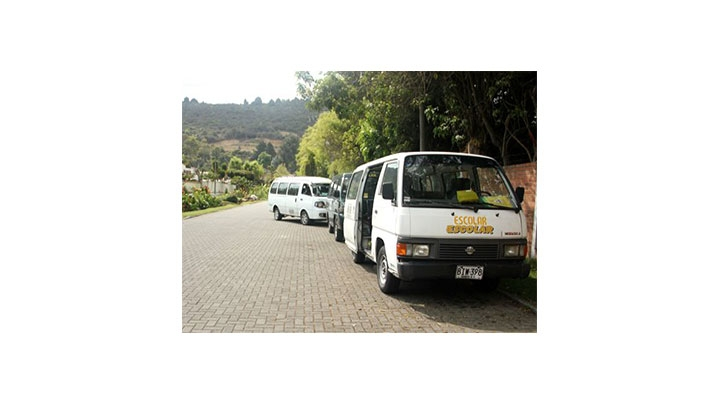 Según la Alcaldía de Bogotá 20.000 carros son de transporte escolar