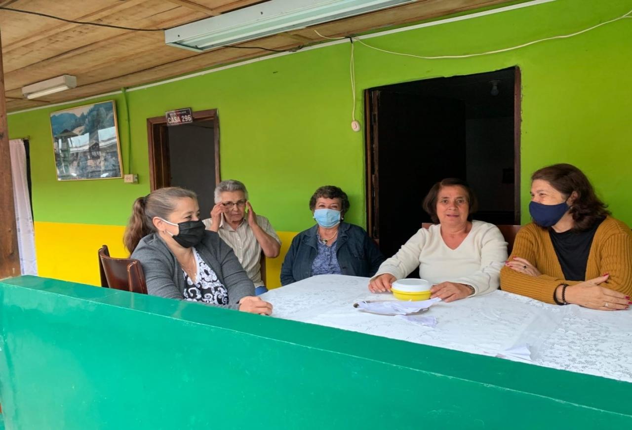 El drama del acceso a la virtualidad para las personas mayores en Manizales
