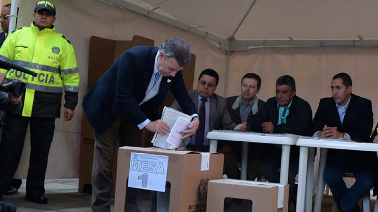 Así inició la jornada electoral en la Plaza de Bolívar