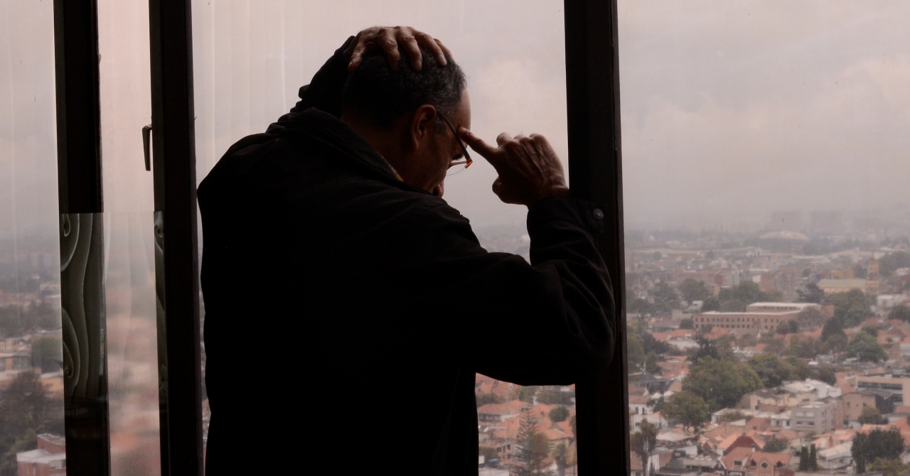 Tasa de suicidios en Colombia alcanza su punto más alto en 10 años: ¿qué hay detrás?