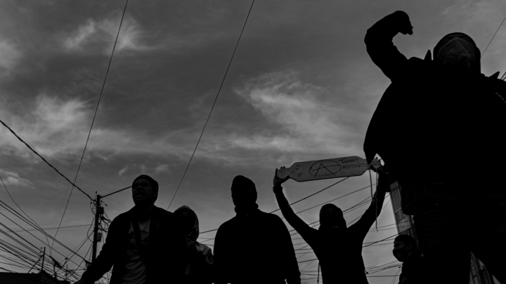 Manifestantes contra el abuso policial cometido contra Javier Ordoñez