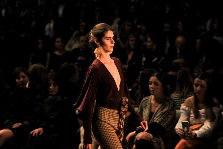 La modelo Ruth Marquéz fue la seleccionada para abrir el desfile de la colección Poeticus de Silvia Tcherassi.