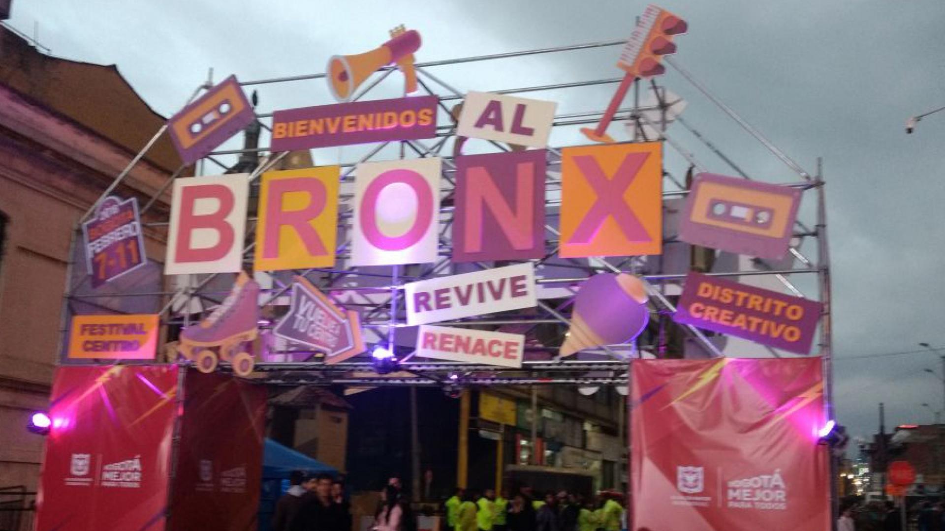 Fachada de la puerta a la calle conocida como 'La Milla', donde se celebró el Festival Centro. Crédito: Sebastián López