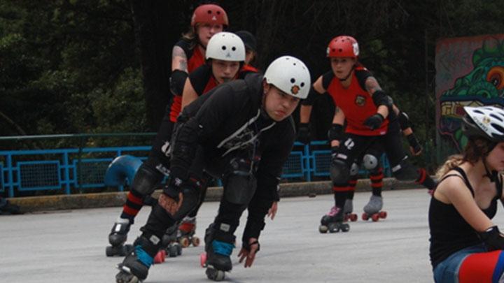 Roller Derby, el deporte no convencional preferido de las jóvenes capitalinas