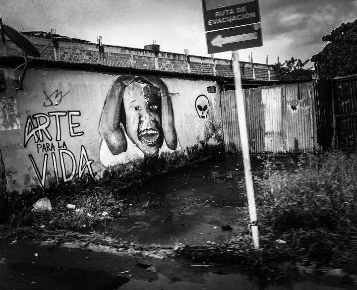 Graffiti en una calle de Tumaco