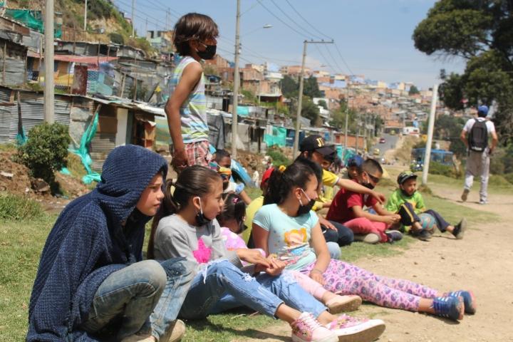 El covid-19 ha impactado significativamente la deserción escolar en Ciudad Bolívar, en un contexto donde la mayoría de los niños no cuentan con energía eléctrica para asistir a clases virtuales