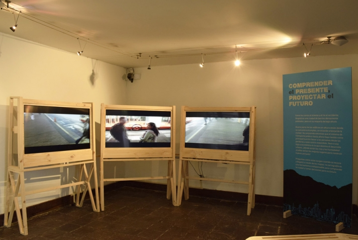 Sala interactiva. Vídeos cotidianos.