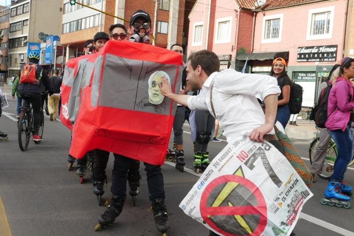 Protestas en contra del proyecto de TransMilenio por la Séptima