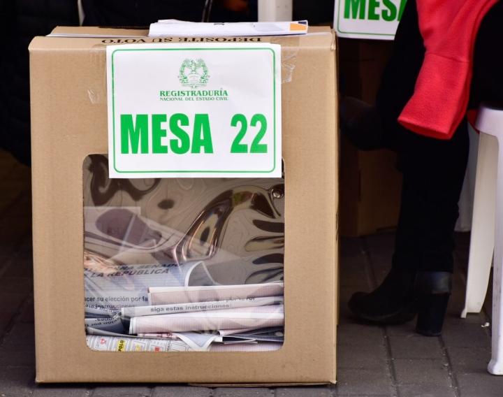 El 49 por ciento de las personas habilitadas para votar ejercieron su derecho al voto. Foto: Nicolas Achury