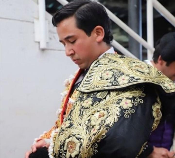 Moreno Muñoz minutos antes de una corrida en Manizales.