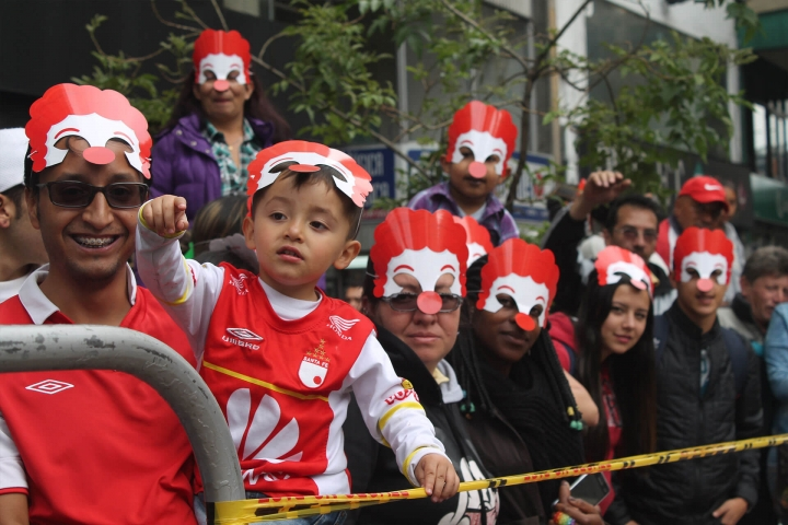 Así se vivió el desfile inaugural del FITB 2016