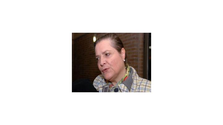 "Clara López calificó de ""dilatante"" a Juan Manuel Santos."